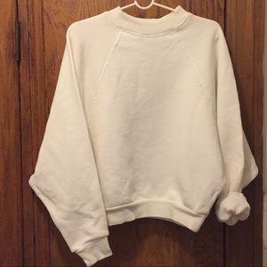 H&M White Oversized Sweater ☁️